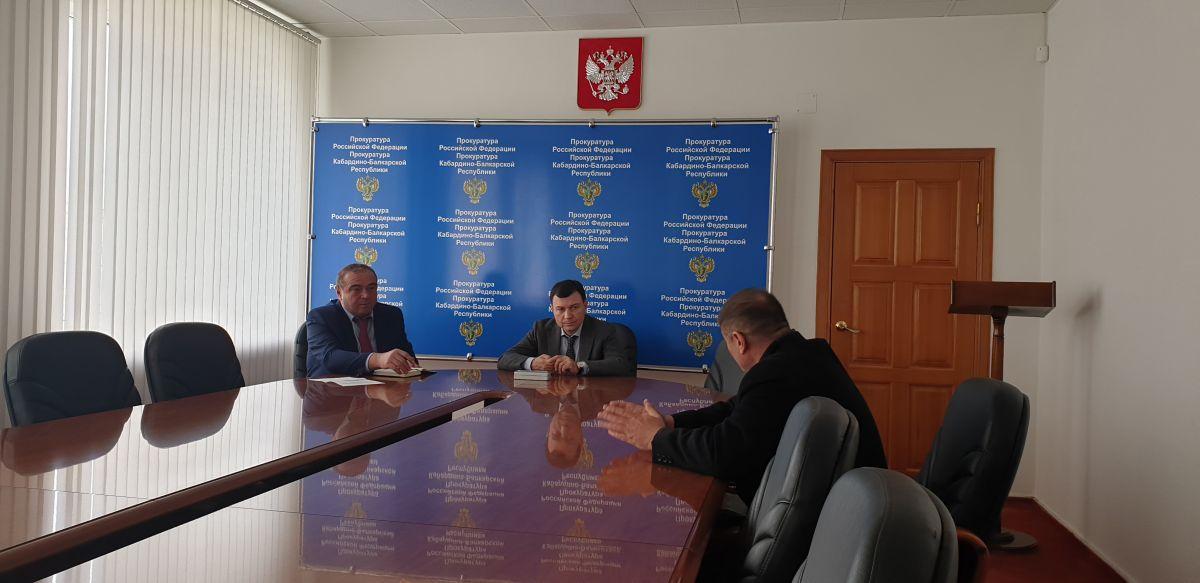Заместитель прокурора Кабардино-Балкарии и региональный уполномоченный провели  совместный прием предпринимателей